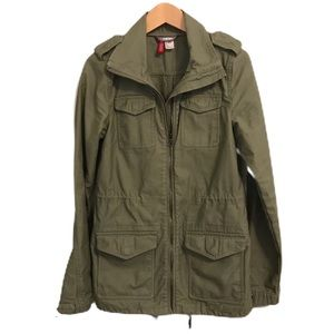 H&M divided utility olive anorak size 2 size XS